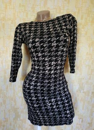 Платье-мини по фигурке