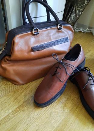 Шикарная кожаная сумка саквояж  massimo dutti.