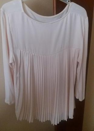 Блуза с гофрированной спинкой