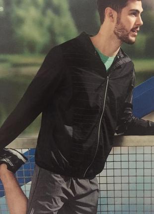 Тонкая ветровка на молнии с капюшоном для бега куртка
