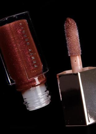 Блеск для губ fenty beauty by rihanna hot chocolit
