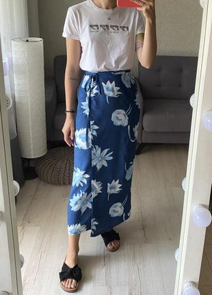 Натуральная винтажная  миди юбка на запах в цветочный принт