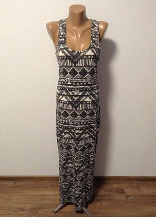 Длинное платье с орнаментами / большая распродажа!