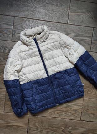 Куртка benetton демисезонная 116-120см в прекрасном состоянии