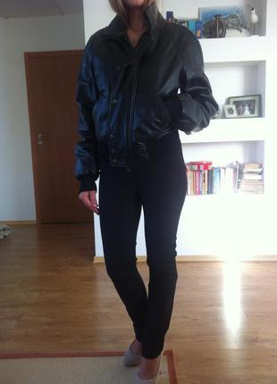 Черная кожаная куртка из мерцающей кожи ferre