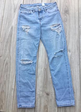 Стильные актуальные штаны джинсы тренд с дырками рванки levis lee cooper h&m denim