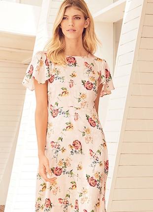 Романтичное платье в цветы р 12