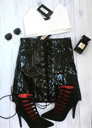 Лакова юбка на шнурівці 🕊