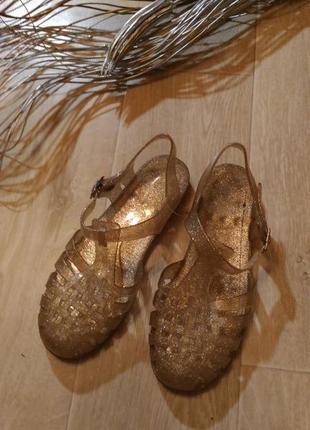 Силиконовые босоножки кроксы золотистые, размер 39 40
