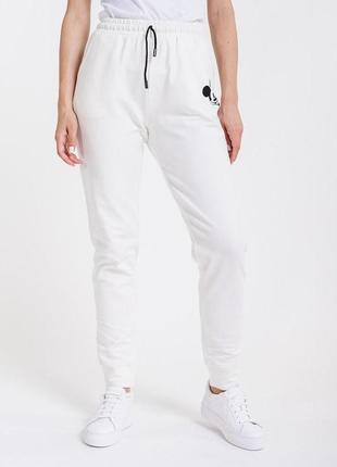Трикотажные спортивные штаны джогеры