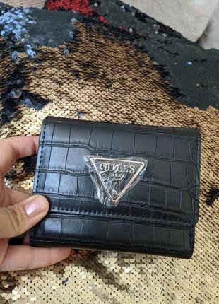 Guess гаманець