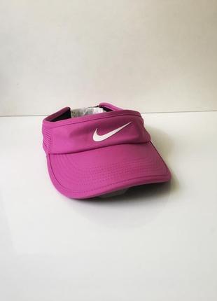 Козирок nike aerobill feather light visor pink