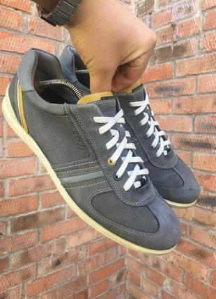 Кожаные кроссовки ecco размер 44 (28,5 см.)