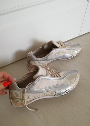 Кроссовки кросовки puma оригинал 40р.