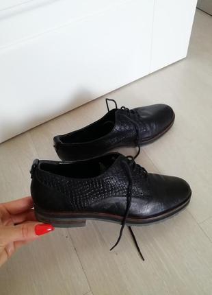 Туфли италия кожаные 36.5