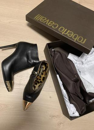 Roberto cavalli ботинки