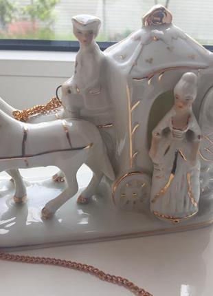 Статуэтка карета с лошадьми, фарфоровая статуэтка, фарфор, статуетка италия