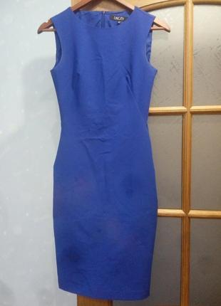 Деловое платье xs,s