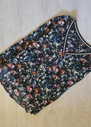 Продается шикарная блузка от qs by oliver цветочный принт