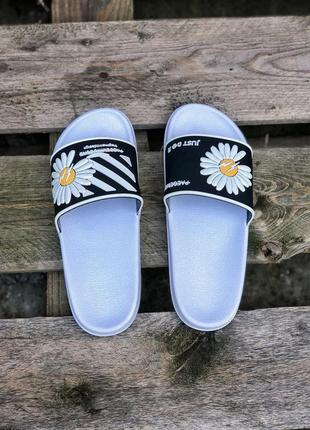 Прекрасные женские сланцы шлёпанцы пляжные тапочки off-white белые с чёрным4 фото