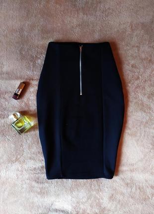 Красивая черная бандажная юбка миди сзади на молнии высокая талия