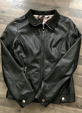 Куртка из кожзаменителя осень весна s размер