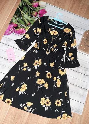 Милое платье в цветы