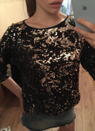 Блузка с пайетками вечерняя