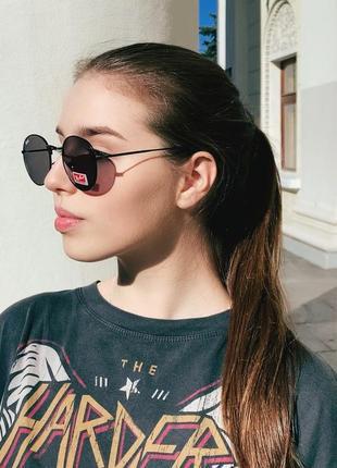 Очки солнцезащитные овальные черные металлическая оправа женские / мужские