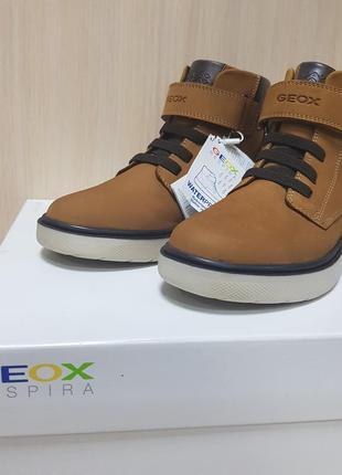 Ботинки на осень geox
