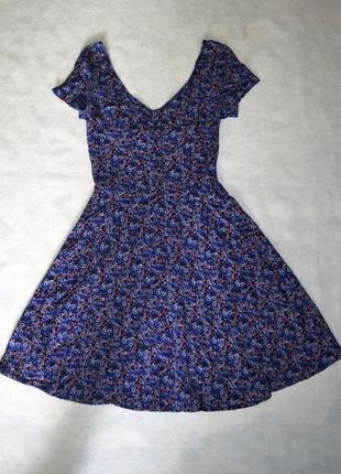 Летнее платье из вискозы stradivarius