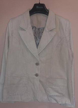 Бежевый велюровый пиджак размер 14-16 бренд editions