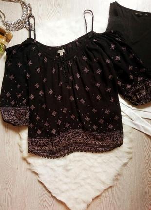 Черная натуральная футболка блуза открытыми плечами бретели рукавами принтом рисунк майка