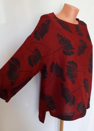 Бордовая блуза в крупные цветы без пуговиц m&s(размер 12)
