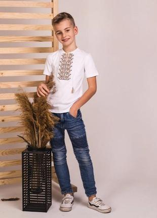 Качественная футболка -вышиванка украина есть размеры от 2-х до 12 лет