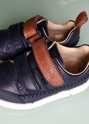 Кожаные туфли clarks,4.5 g,вьетнам.