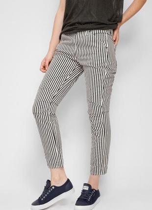 Трендовые котоновые брючки,джинсы в полоску