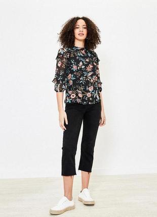 Красивая блуза цветочный принт