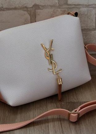 Удобная и красивая сумочка