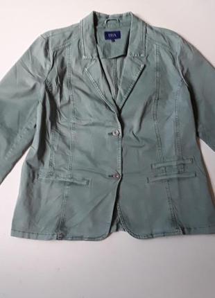 Коттоновый жакет пиджак  цвета базелик