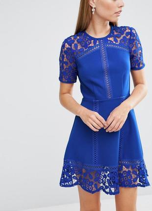 Asos праздничное нарядное вечернее кружевное яркое платье миди футляр короткое кружево