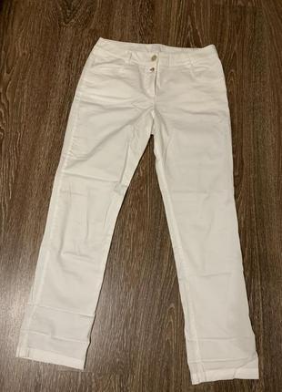 Штаны. тонкие джинсы. белые брюки. летние белые штаны.