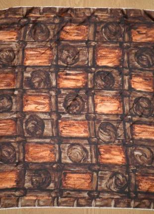 Красивый яркий платок паттерн плотный саржевый шелк 68х68см шов роуль франция