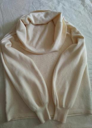 Пломбировый свитер с горлом zara m