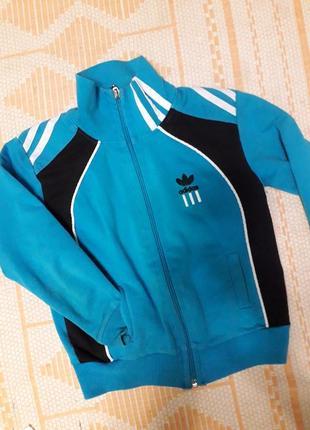 Спортивна курточка кофта