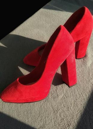 Красные туфли sharman с острым носом на высоком каблуке, экозамша