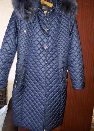 Зимнее пальто,пуховик