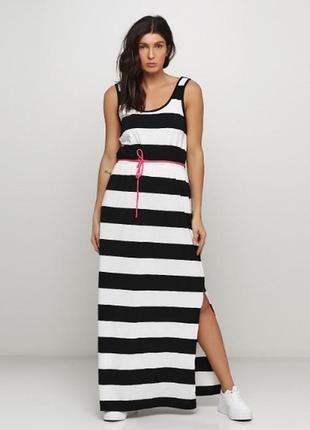 Шикарное платье в пол большого размера от esmara