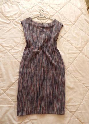 Плотное трикотажное платье