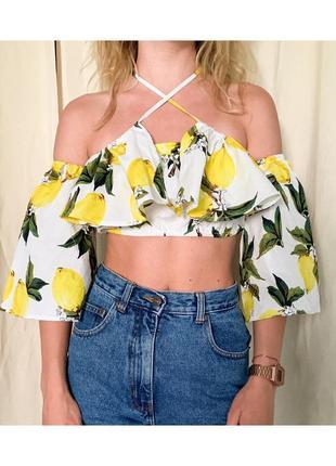Новая с биркой блуза бандо с открытыми плечами в рюшами